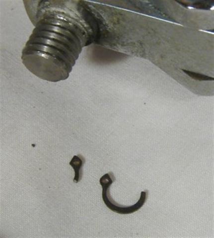 Olympia Cremina Rebuild Group Instructions - Old Piston pin clip